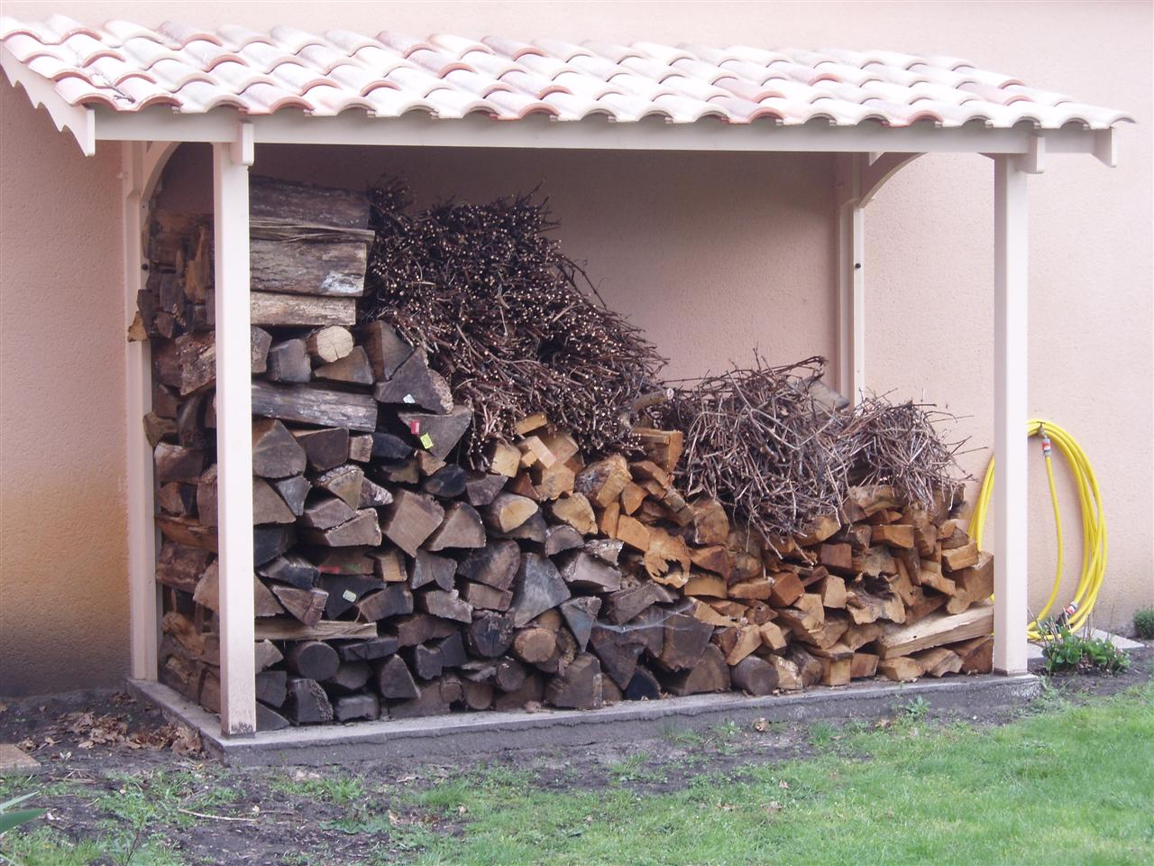 Comment Faire Un Abri Pour Le Bois quand et comment stocker son bois ?